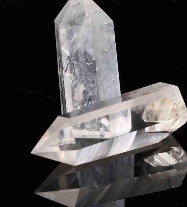 Maura Luperto – Riflessioni – La magia delle pietre QUARZO IALINO.
