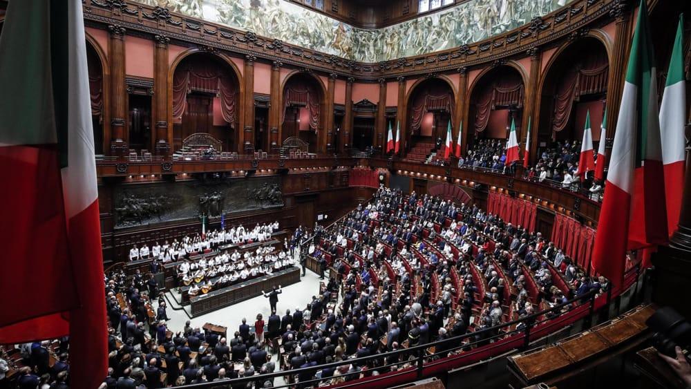 Il saccheggio della Costituzione Italiana! Il 29 Marzo 2020 si va al referendum, per abrogare le antidemocratiche Leggi volute dal Movimento 5 Stelle! Vergogna!