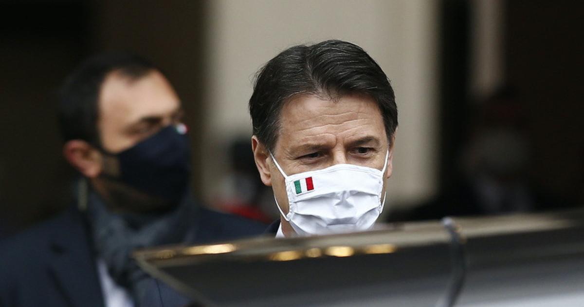 Povera Italia 🇮🇹 Cercano in tutti i modi di far credere al Gregge Italico che ci sia stata una pandemia! Non è vero per nulla!